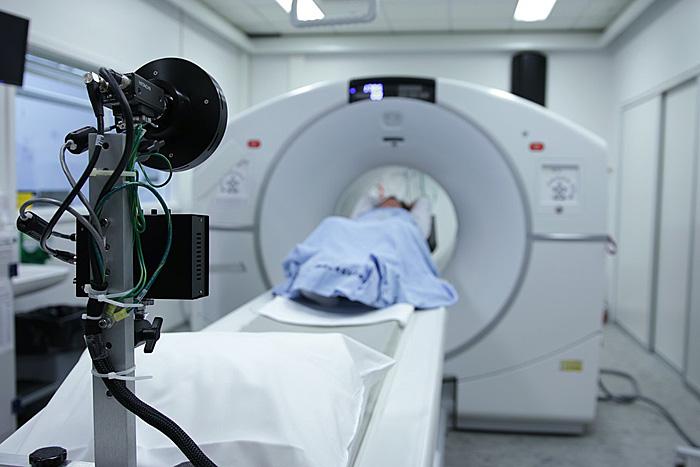 MRI CT 違い